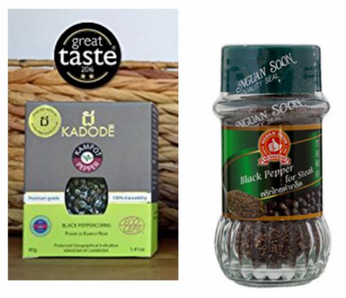 Từ trái sang, tiêu Kampot của Campuchia và tiêu đen của Thái Lan được đóng gói để bán lẻ.