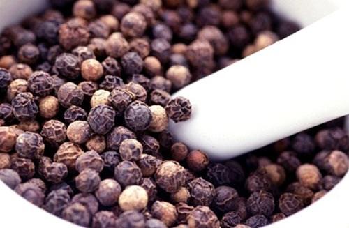 TT hạt tiêu tuần 24: Giá tăng 1.500 đồng/kg bất chấp nguồn cung dồi dào